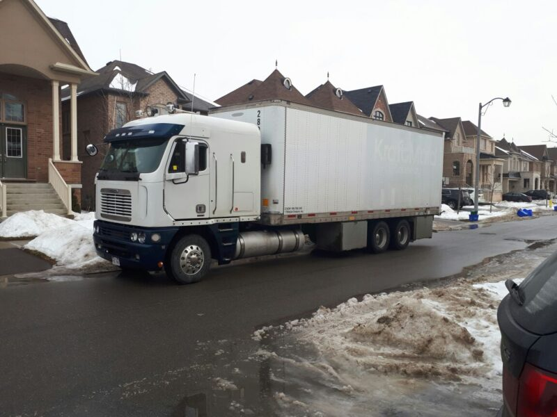 Long Distance Moving Service Quebec Montreal - Best Moves Canada