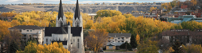 Moving to Medicine Hat with Camovers - professional movers in Canada