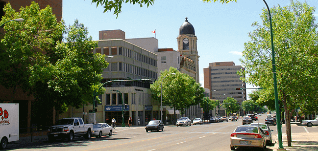 Moving to Lethbridge with Camovers - professional movers in Canada